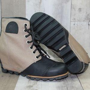 Sorel Women's Size 7.5 PDX Wedge Boots Tan & Black
